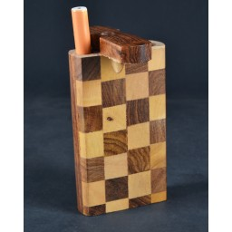 Fancy Wooden Dugout - Includes Cig Pipe - Checkered Design